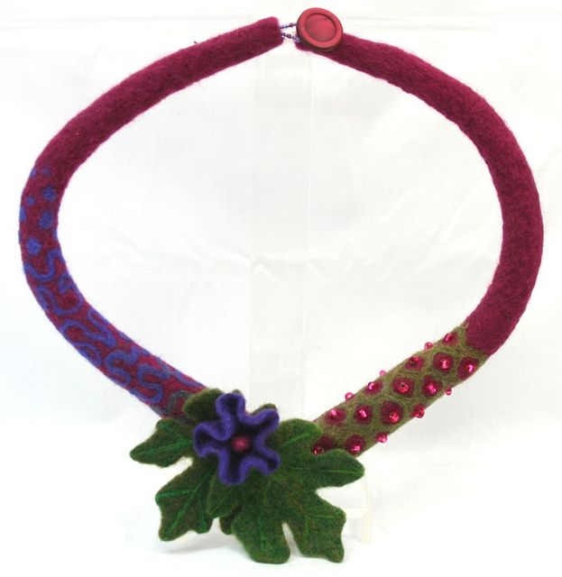 Ruby Needle Felted Necklace | Flickr - Photo Sharing!  Like the color combination