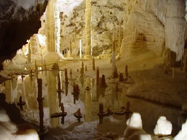 Fasassi grotterne - én af mit livs største oplevelser.