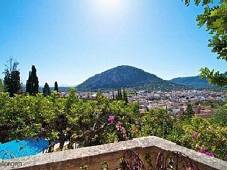 Casa Agosto - Location, Location, location, on Calvari steps stunning villa, FREE WIFI, AIRCON