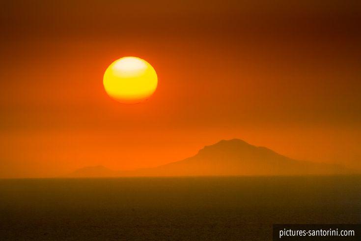 Sunset as seen from Oia, Santorini. #sunset #santorini #greece #oia