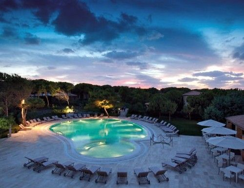 Golf Hotel Is Arenas, il relax in Sardegna