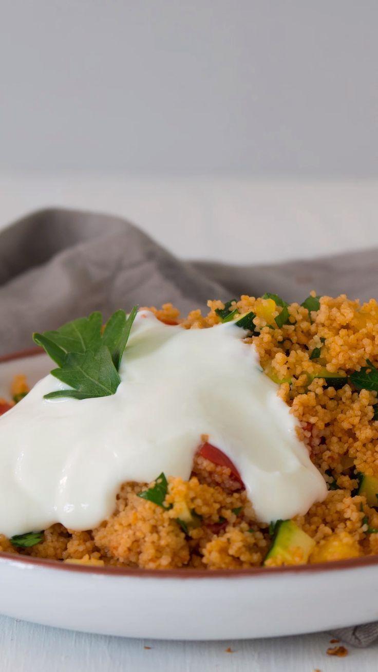 Couscous mit Sommergemüse   – Salate & Dressings