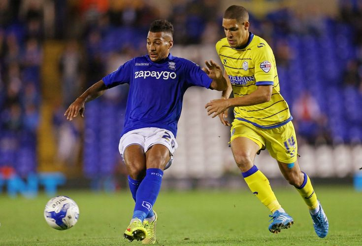 Blues' David Davis in action against Sheffield Wednesday's Giles Coke