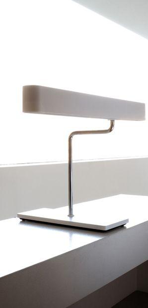 Pi di 25 fantastiche idee su lampade da parete su - Lampade moderne da tavolo ...