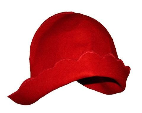 Шапка красная шапочка