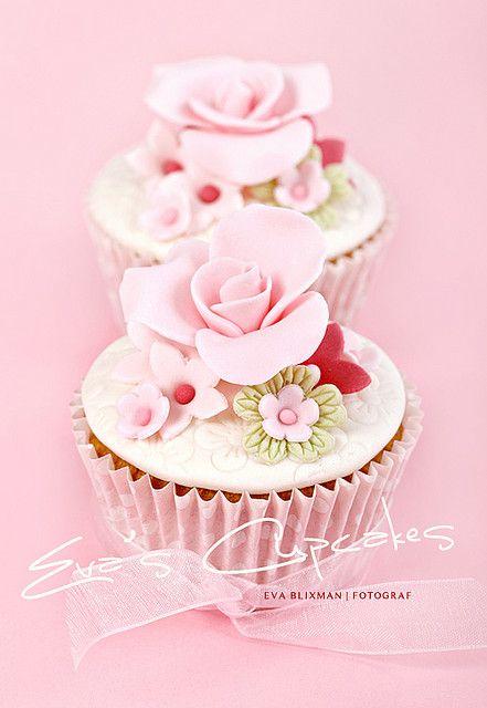 Love cakeholic