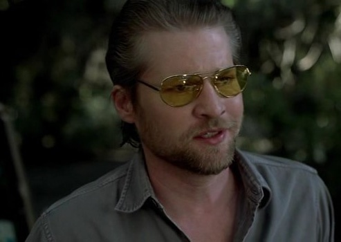 Terry Bellefleur (HBO's True Blood) played by Todd Lowe ... lovin' the yellow shades