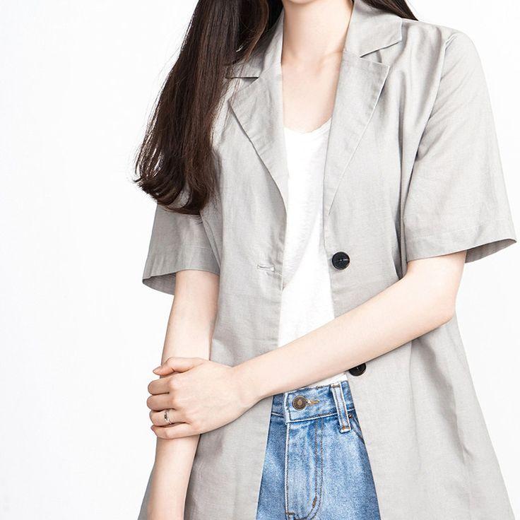 ベーシックオープンカラー半袖ジャケット デイリーに活躍する半袖ジャケットをご用意しました! 着回し力抜群のベーシックなアイテムです。 シンプルなインナーと合わせてもいいし、色柄物と合わせてもOK! デイリーからフォーマルまで幅広く活躍するアイテムです。 #maysome #uniquestyle #ootd #fashion #ファッション #韓国ファッション #フェミニンコーデ #大人可愛い #モデル #韓国通販 #今日のコーデ #koreafashion #シンプルコーデ #カジュアルコーデ #オルチャンファッション #dailyfashion #dailylook