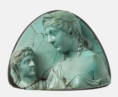 Roman cameo with Livia holding a bust of a young man 14-27 AD |