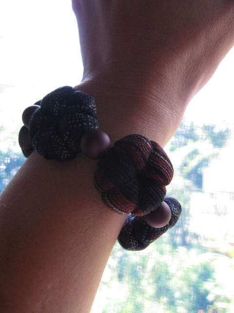 necktie bracelet by j_hiro, via Flickr                                                                                                            bracelet             by        j_hiro      on        Flickr