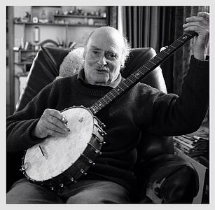 Our great banjo repairer Clive Chambers who sadly passed away Dec 2015. Wonderful photo by Julian Ward. Stuart banjo circa 1900.