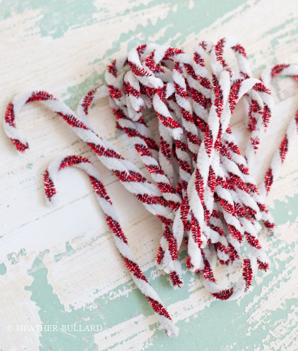 it might be a little early to start thinking about Christmas, but I just fell in love with these pipe cleaner candy canes :): Christmas Crafts, Christmas Candy, Holidays Ideas, Candy Canes, Cleaners Candy, Christmas Ideas, Christmas Trees, Candy Christmas, Pipes Cleaners