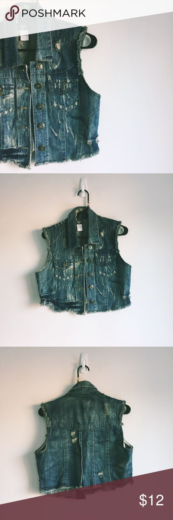 Blue Asphalt Crop Sleeveless Jean Jacket Blue Asphalt brand - Cropped, distressed jean jacket - Great layering piece to your outfit - Size: L - Made of 100% cotton - Some wrinkles from storage, but in great condition - Please ask any questions! Blue Asphalt Jackets & Coats Jean Jackets