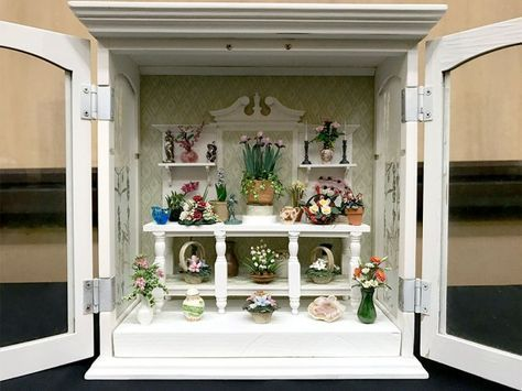 Carole Ann Davis: Floral Roombox – National Association of Miniature Enthusiasts