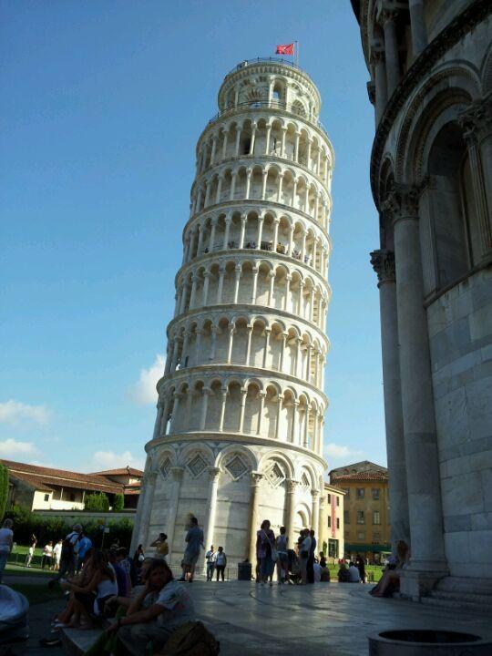 Torre di Pisa un bello Monumento turistico.