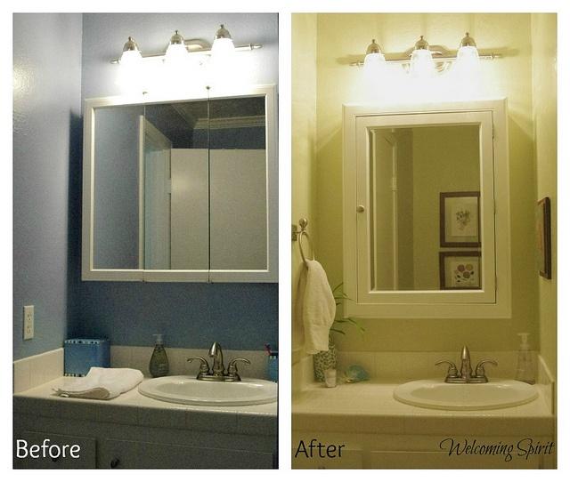 28 best kids bathroom ideas images on pinterest bathroom bathrooms and half bathrooms for Bathroom lighting over medicine cabinet
