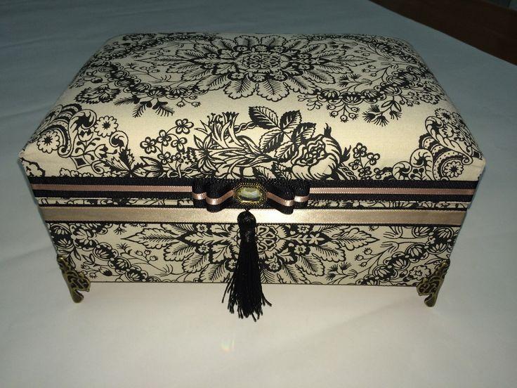 Porta joias com espelho e caixa interna | Ateliê Patrícia Brito | Elo7