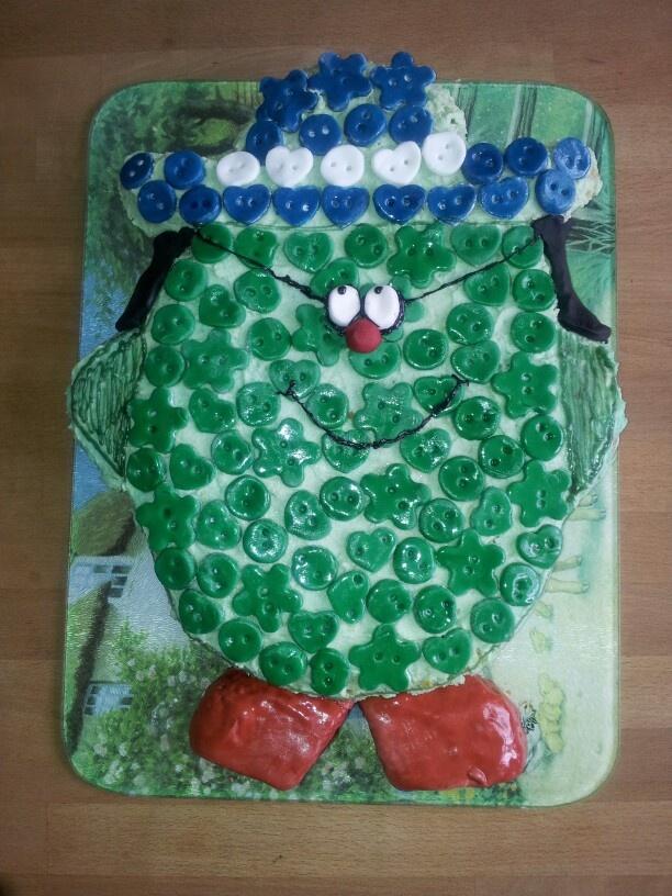 Little miss button cake