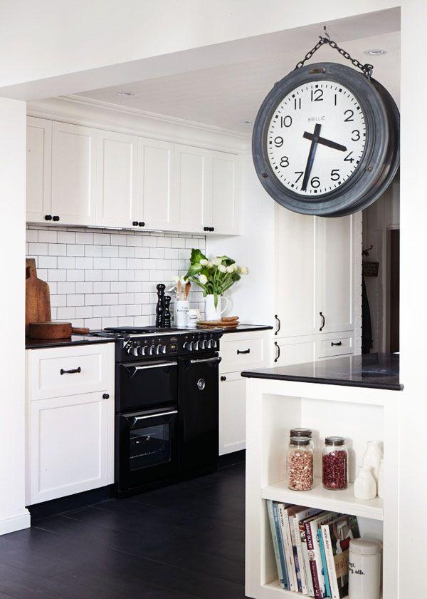 huge clock via the design files