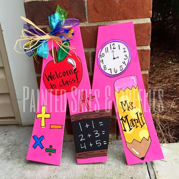 Teacher Door Hanger / Back to School / Teacher Gift /