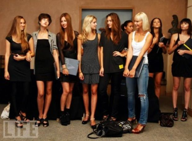 Models in a casting call line