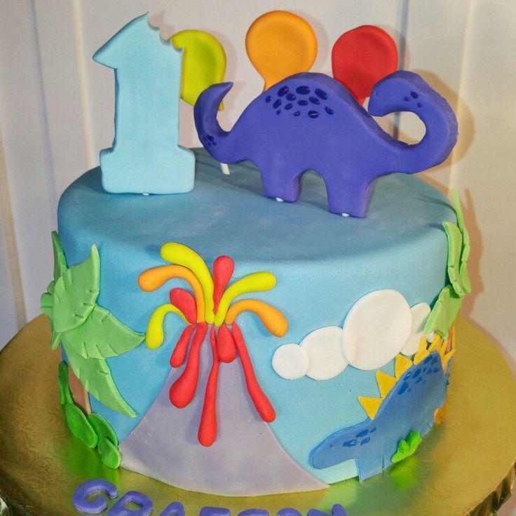 174 best Custom Cakes by Devanys Designs images on Pinterest
