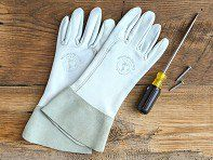 These women's goat skin work gloves, discovered by The Grommet, are uniquely fit for the shape of women's hands, making gardening easier than ever.