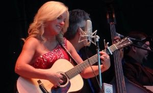 Rhonda Vincent and Bryan Sutton win at IBMA