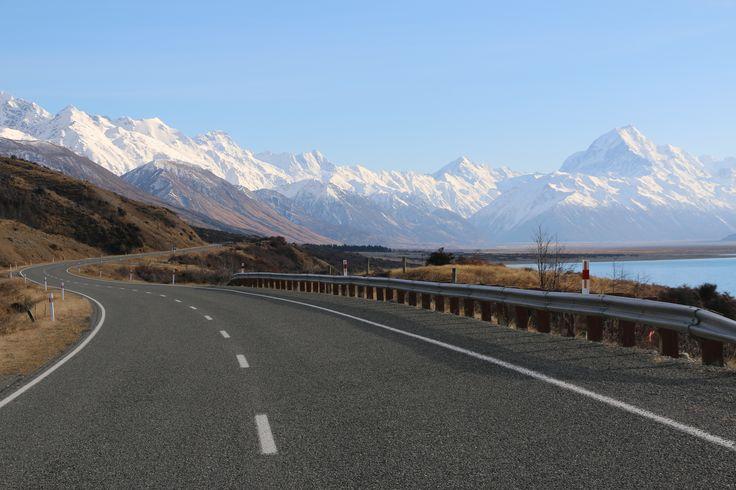 On the road to Aoraki / Mt Cook South Island New Zealand. #mtcook #nz #newzealand #silberhorn #travelnz #tourismnz #purenz #sportsvel #roadtrip #roadtripnz taken by www.silberhorn.co.nz