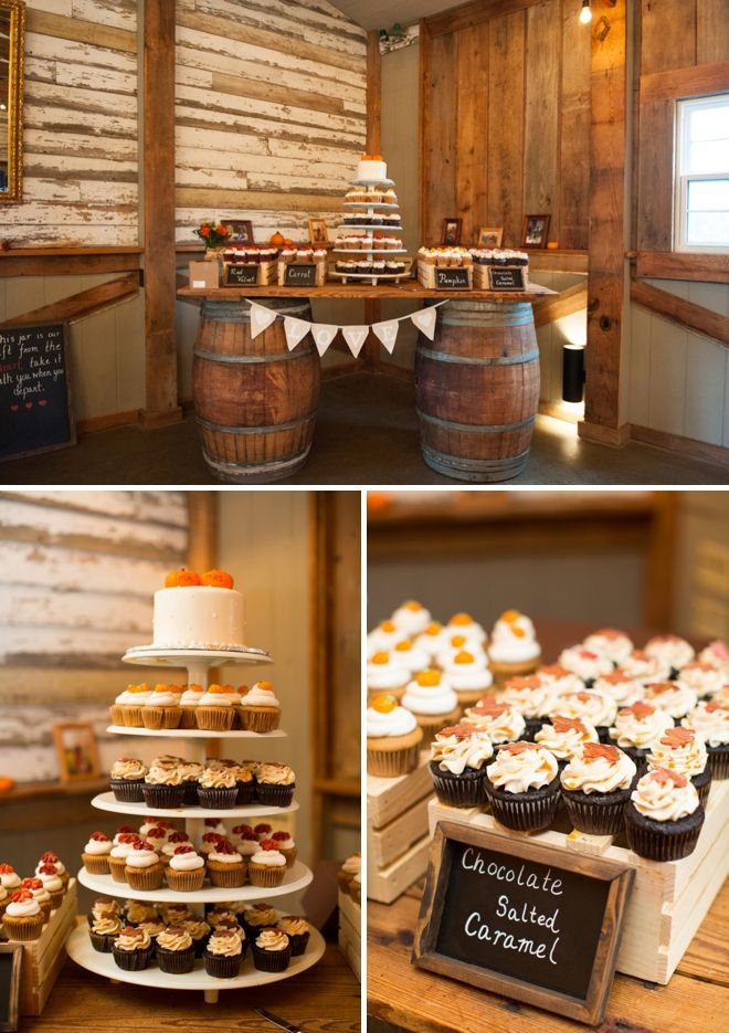 DIY fall barn wedding/Cake & cupcake display