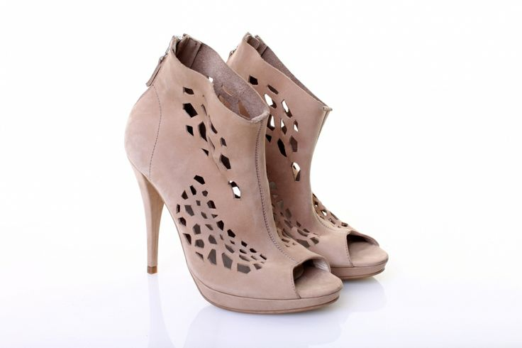 Leather Nude shoes by Mihaela Glavan | http://bit.ly/1mBLwVe  www.wearitwithlove.com