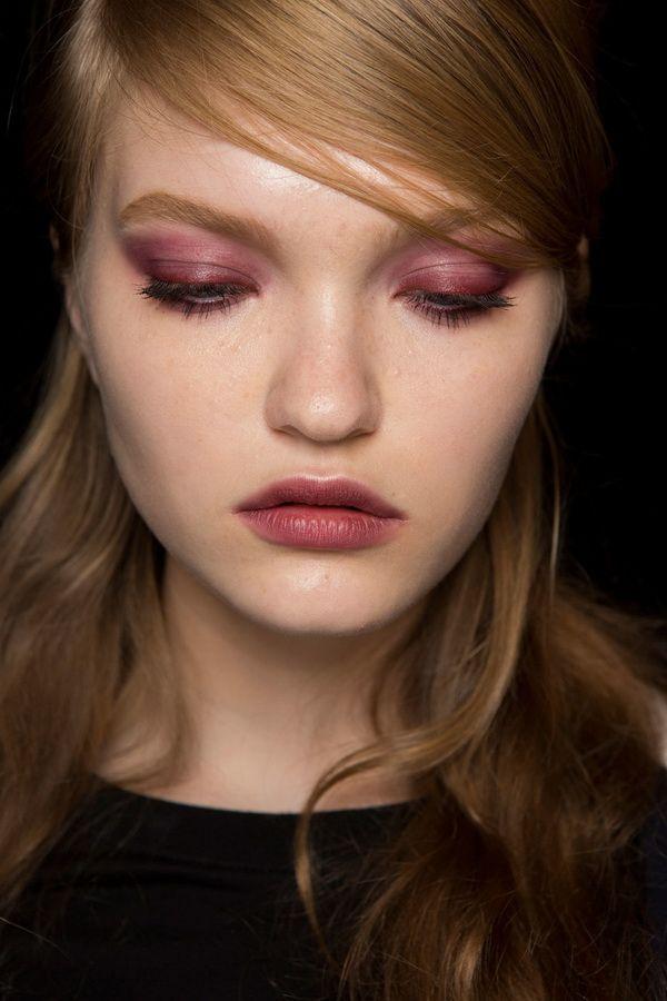 Тенденции в макияже весна-лето 2017. Розовые тени