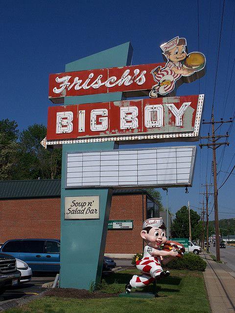 Milford, Ohio...Frisch's Big Boy...American Classic..Vintage SIgn & 3-Dimensionsal Advertising Statue