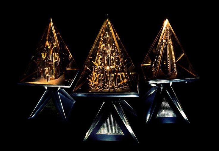williamyurisuzukipyramidi2