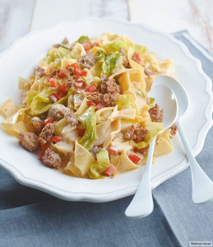 Spitzkohl-Hackfleisch-Pasta mit Paprika . 35 Min. Rezept - ESSEN & TRINKEN