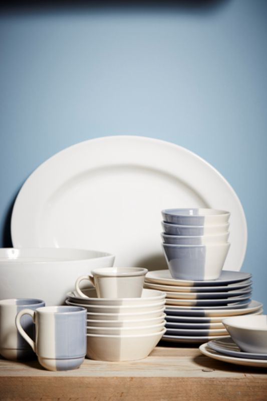 Nice bicolor plates and cups in ceramic from Cotè Table