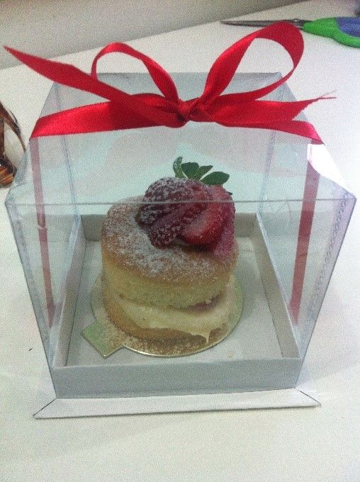 Mini Naked Cake de Morango | Receitas da Maricota