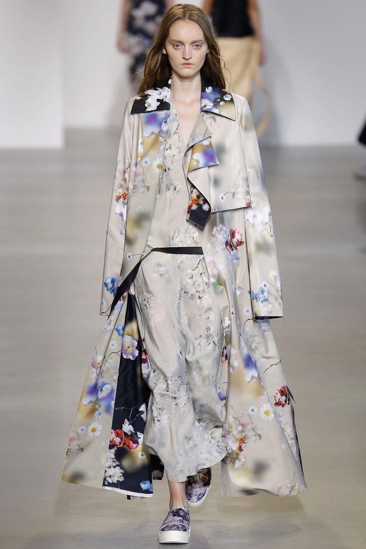 Calvin Klein Collection Spring 2016 Ready-to-Wear Fashion Show - Lisa Upp