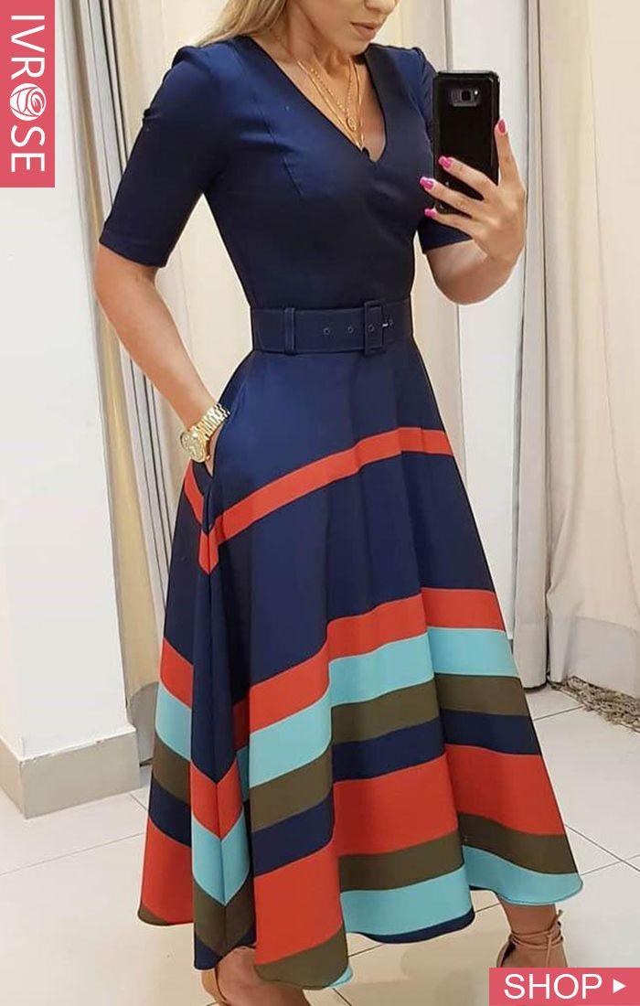Vestido listrado colorido de manga curta com decote em v   – Outfit