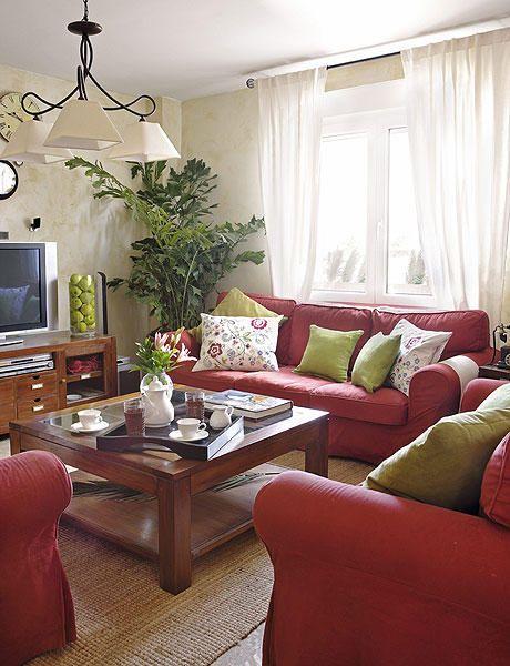 Muy personal rojo sof s y pintura for Decoracion de sofas