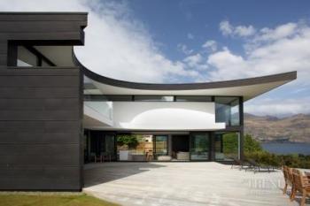 Contemporary holiday home in Wanaka by architect Thom Craig