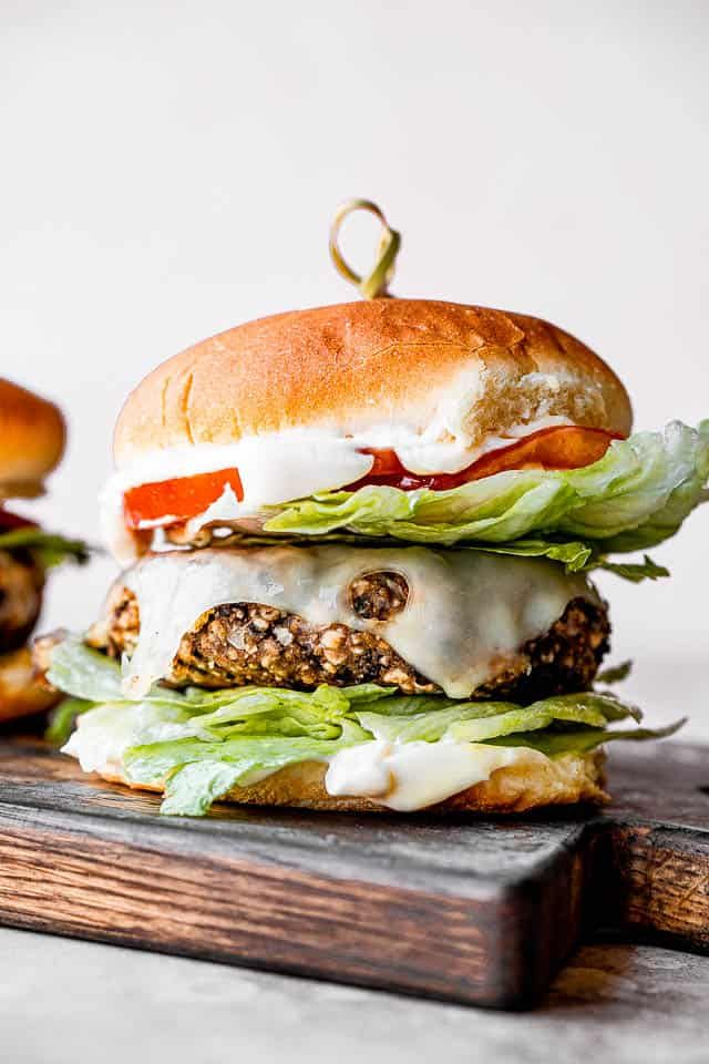 Easy Black Bean Burgers The Best Vegetarian Burger Recipe Vegetarian Burger Recipe Bean Burger Vegetarian Burger