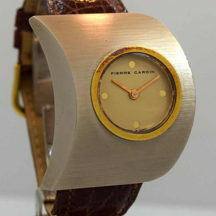 A men's 1970's vintage Pierre Cardin unusual asymmetrical brushed stainless steel wristwatch with Original Dial and Swiss-Made Jaegaer Le Coultre Movement. Case Very Good Case Original, Original Crown