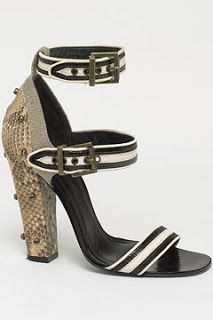 Shoe Daydreams: Working at Cross Purposes