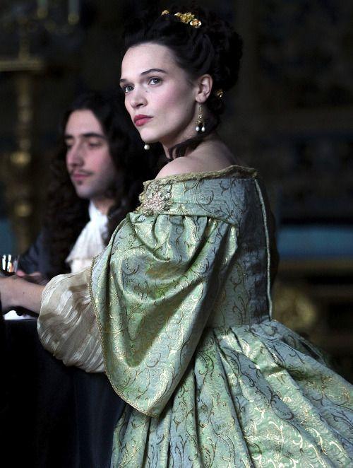 Françoise-Athénaïs, marquise de Montespan - Anna Brewster in 'Versailles' (TV series).