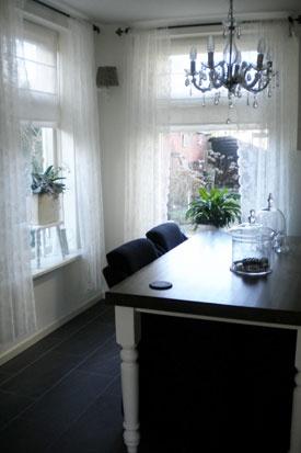 Eetkamer van Pietrik, prachtige romantische gordijnen