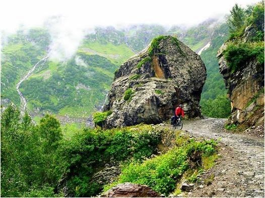 Stony #mountain Roads of Saach Pass are difficult to drive or #ride on!! But full of #Adventure!!! #Chamba, #Himachal - http://goo.gl/jHCEZk