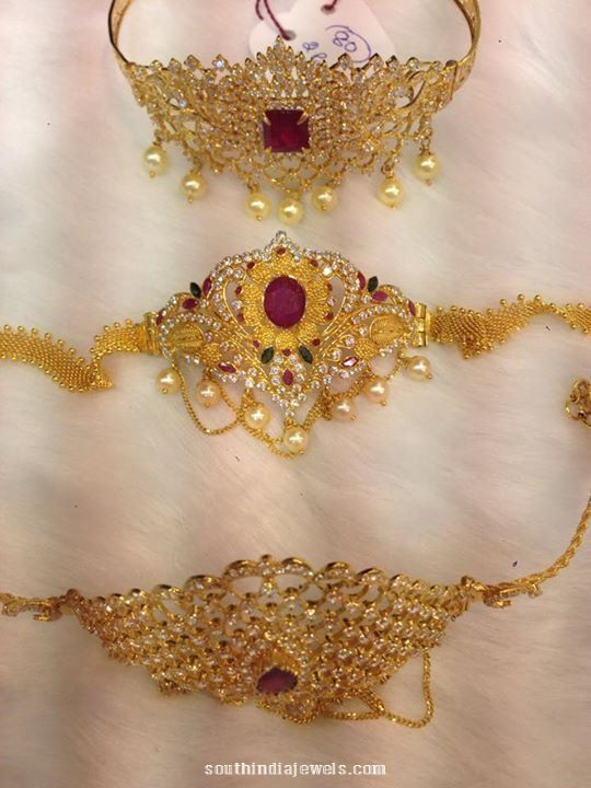 35 to $0 Grams Gold Armlets