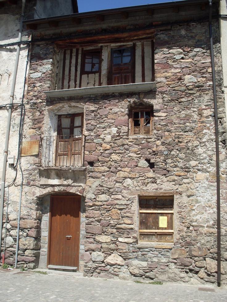 Casona típica del Pirineo, Plan, Huesca