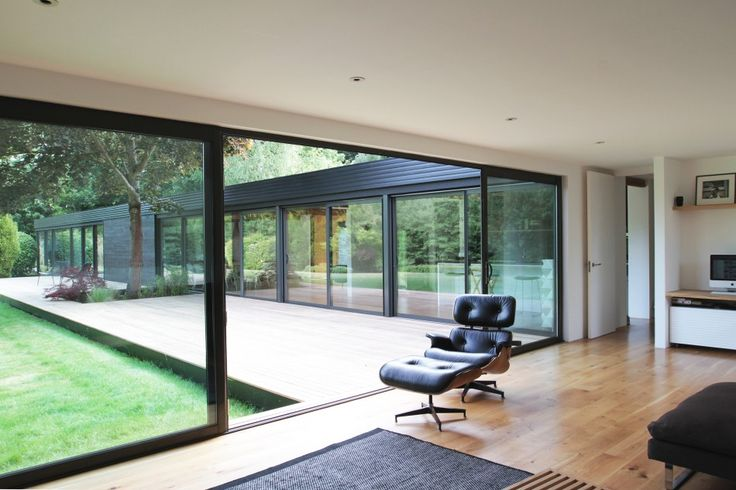 Stoke Poges Buckinghamshire   The Modern House